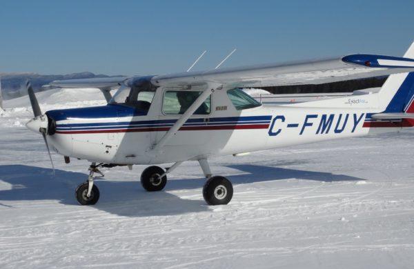 Opération d'hiver en Cessna 152.