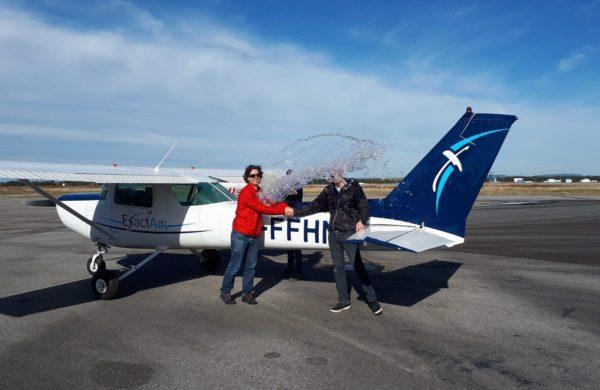 On souligne le premier vol solo d'un élève d'Exactair.