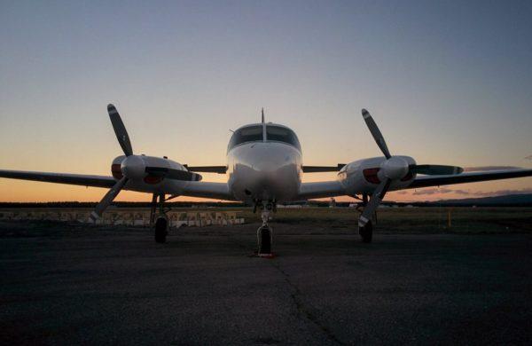 Piper Navajo prêt à décoller